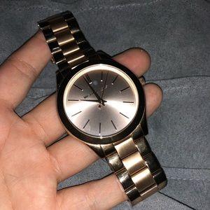 Michael kors watch !